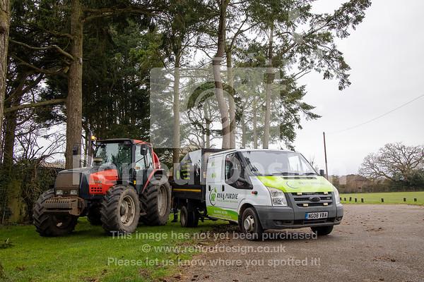 017 - R Purdie Tree and Garden Services