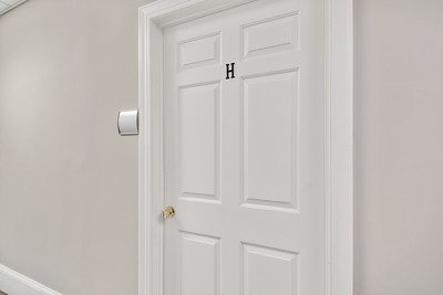 Hogshead-Suite-1-Reshoot-24