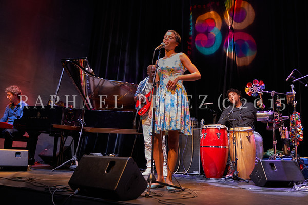 Agathe Iracema and his Brazilian Band at 360 Paris Music Factory. October 2020