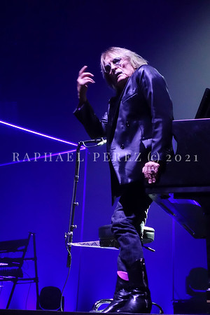 Christophe show in Salle Pleyel, Paris, Feb 2017