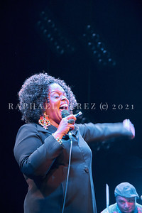 Dianne Reeves concert in Paris during Jazz à la Villette festival; September 2017