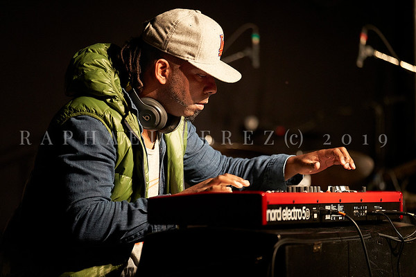 Cuban band El Comite rehearsal before show in Paris, New Morning. April 2019. On keyboard  Rolando Luna.