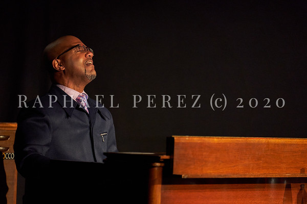 James Carter concert in Paris, Oct 2020, with his Organ Trio at New Morning. Gerard Gibbs with his organ.