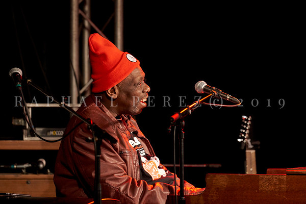 Bluesman Lucky Peterson concert in Paris New Morning on March 2019. Lucky playing organ during rehearsal