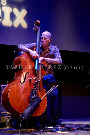 "Macha Gharibian Trio presenting new album  ""Joy Ascension"" at 360 Paris Music Factory during Au Fil des Voix festival, Jan 2020. Here on double bass, Chris Jennings ."