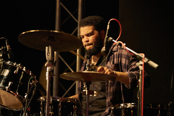 """Robin McKelle concert on May 2018 in New Morning Paris, presentating her 8th album """"Melodic Canvas"""". Here Kush Abadey  on drums."""
