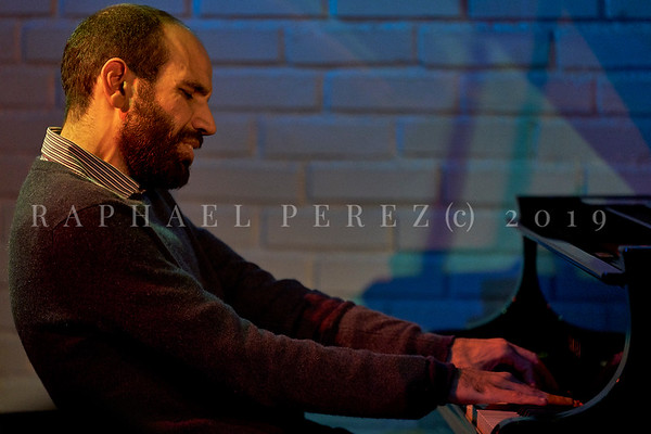 Yakir Arbib concert in Sunset Sunside, Paris on November 2019