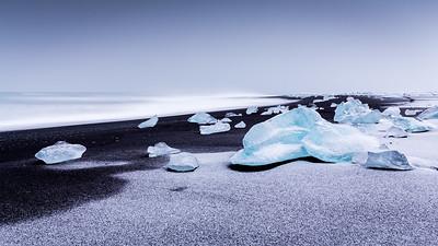 Black & white / Jökulsárlón, Iceland