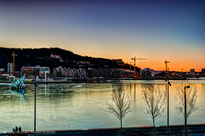 March sunrise on the Oslofjord's shores (HDR)