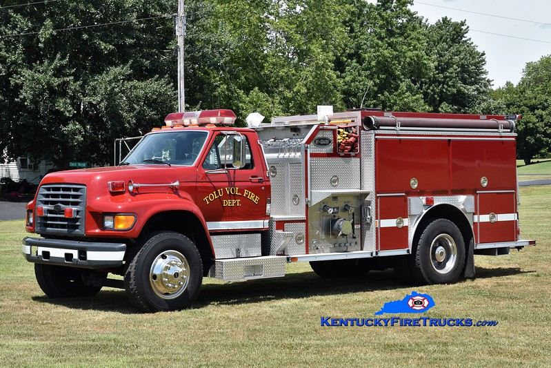Tolu  Engine 31<br /> x-Bath, NC<br /> 1998 Ford F-700/E-One 1250/1000<br /> Greg Stapleton photo