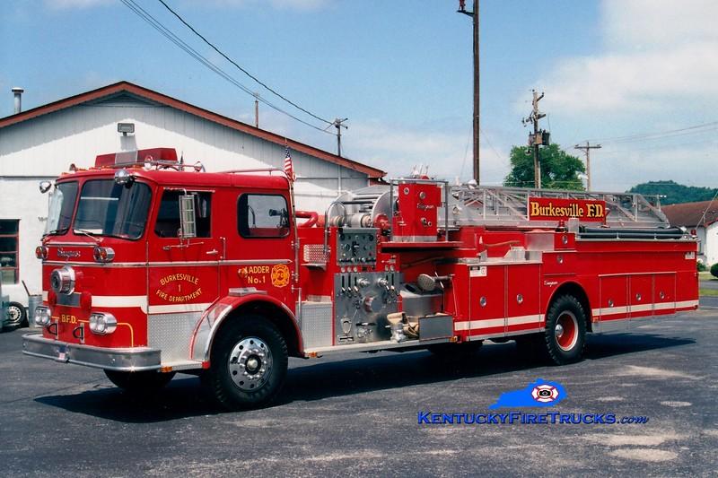 <center> Burkesville  Ladder 1 <br> x-Winchester, KY <br> 1966 Seagrave KAB 1000/200/85'  <br> Greg Stapleton photo </center>