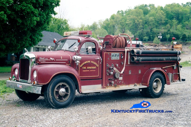 <center> RETIRED <br> Marrowbone  Engine 1  <br> x-East Hartford, CT <br> 1961 Mack B 1000/500  <br> Greg Stapleton photo </center>
