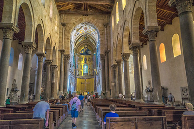 Cefalu - inside the Cathedral