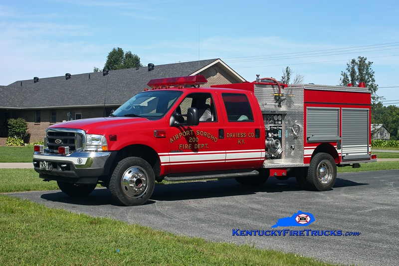 <center> Airport Sorgho  Brush 200 <br> 2002 Ford F-550 4x4/Pierce 500/300 <br> Kent Parrish photo <br> </center>