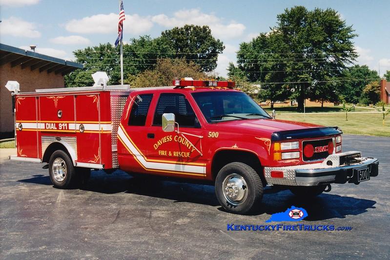 <center> RETIRED <br> Daviess County Rescue 500  <br> 1995 GMC/E-One <br> Greg Stapleton photo </center>