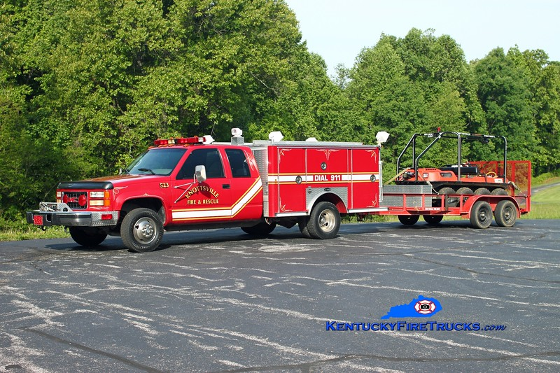 <center> RETIRED <br> Knottsville  Rescue 523 <br> 1995 GMC 3500 4x4/E-One <br> Pulling a 2002 Argo 8x8 amphibious vehicle <br> Kent Parrish photo </center>