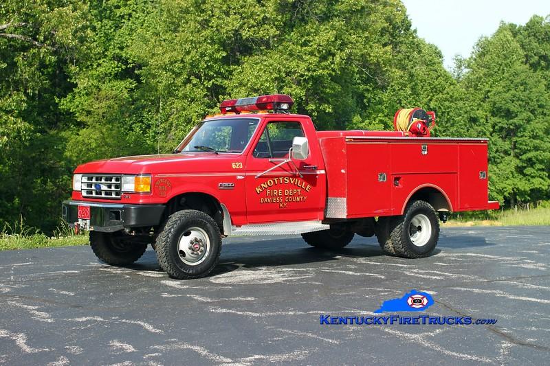 <center> Knottsville  Brush 623 <br> 1988 Ford F-350 4x4/Knapheide/Mertz 250/250 <br> Kent Parrish photo </center>