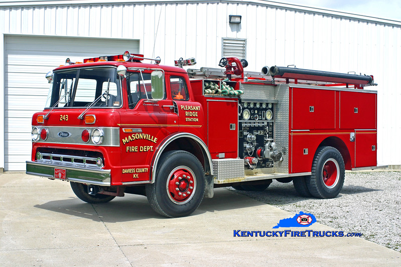 <center> RETIRED <br> Masonville  Engine 243  <br> 1979 Ford C-8000/Pierce 1000/1000<br> Kent Parrish photo </center>