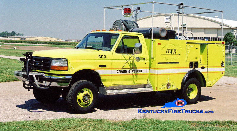 <center> RETIRED <br> Owensboro-Daviess County Regional Airport  ARFF 600 <br> 1996 Ford F-350 4x4/E-One 400/250F <br> Greg Stapleton photo </center>