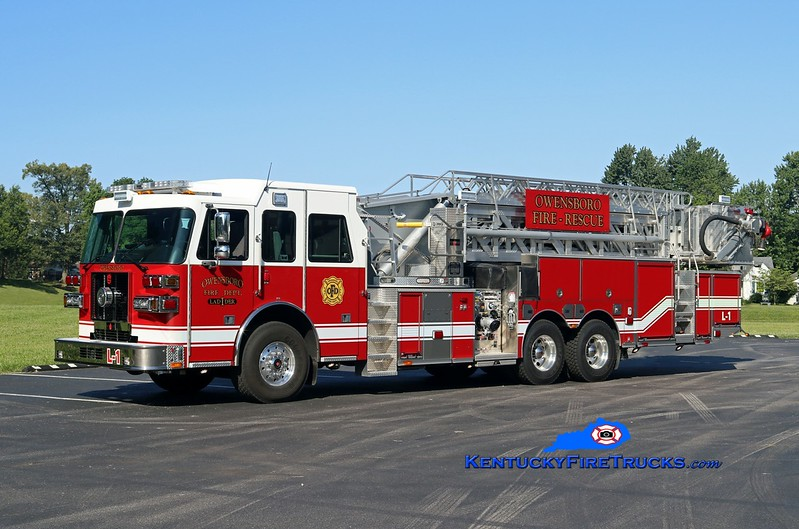 Owensboro  Ladder 1<br /> 2016 Sutphen SPH100 1500/300/100' <br /> Kent Parrish photo