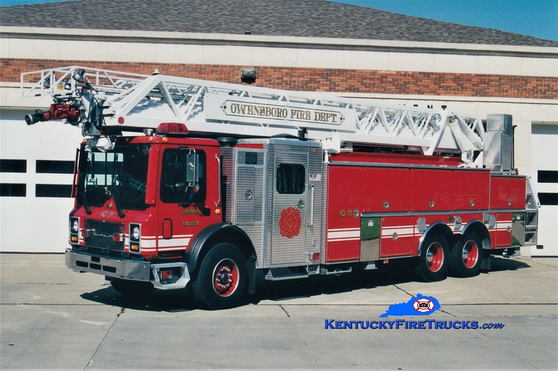 RETIRED<br /> Owensboro Ladder 111<br /> 1999 Mack MR/Ferrara/RK 109'<br /> Greg Stapleton photo