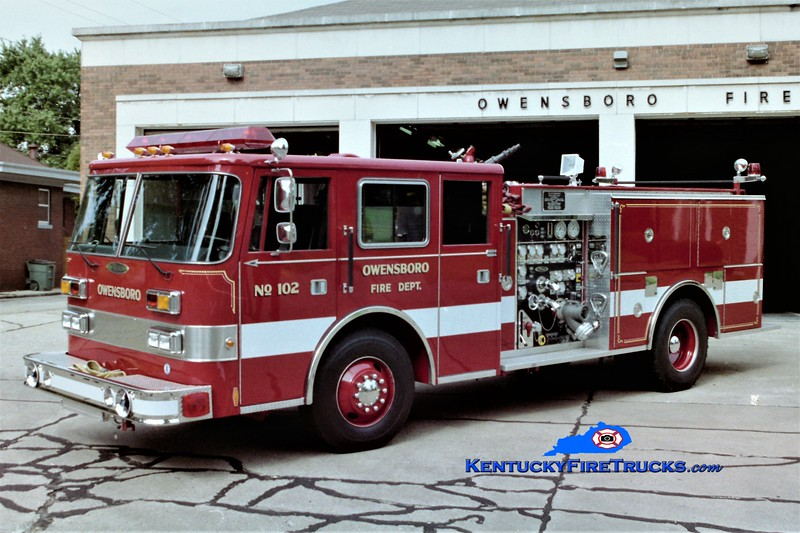 RETIRED <br /> Owensboro Engine 102 <br /> 2nd Engine Company from Station 1<br /> 1992 Pierce Arrow 1250/500<br /> Greg Stapleton photo