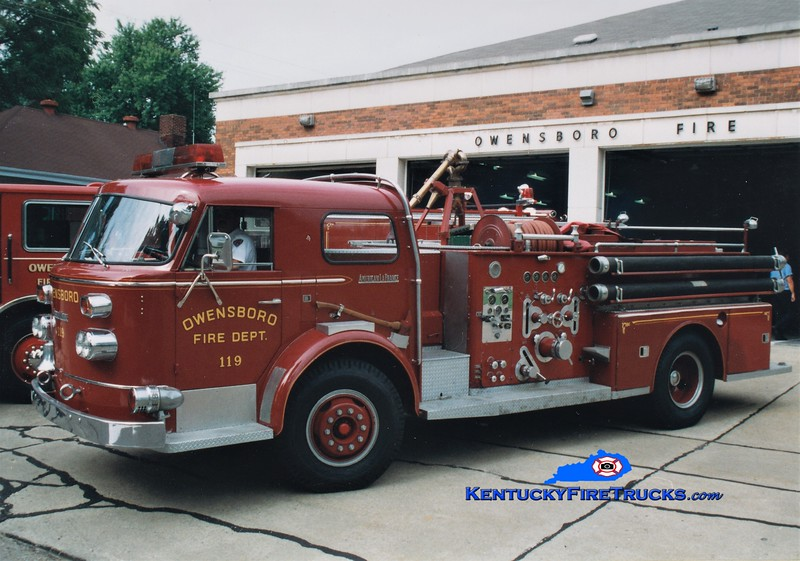 RETIRED<br /> Owensboro Engine 119<br /> 1960 American LaFrance 900 1000/300<br /> Greg Stapleton photo