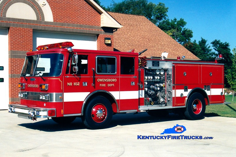 <center> RETIRED <br> Owensboro  Engine 102 <br> 1992 Pierce Arrow 1250/500 <br> Greg Stapleton photo <br> </center>