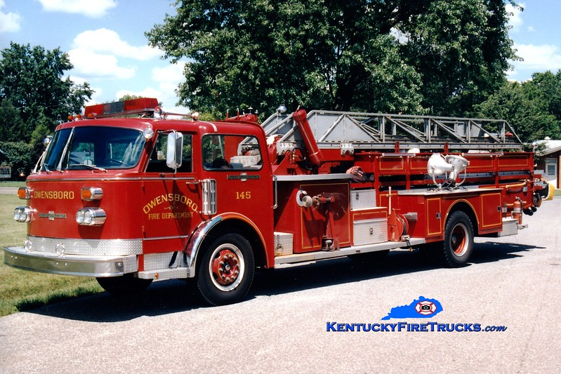 <center> RETIRED <br> Owensboro  Ladder 145 <br> 1979/1960 American LaFrance Century 85' <br> Greg Stapleton photo <br> </center>