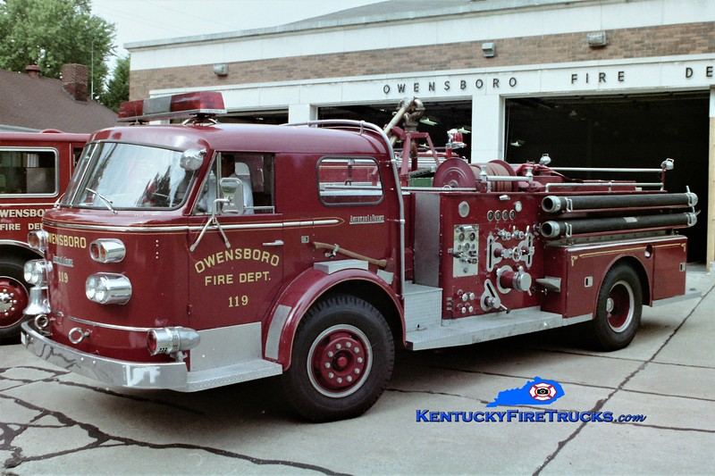 RETIRED <br /> Owensboro Engine 105<br /> x-Engine 119<br /> 1960 American LaFrance 900 1000/300<br /> Greg Stapleton photo