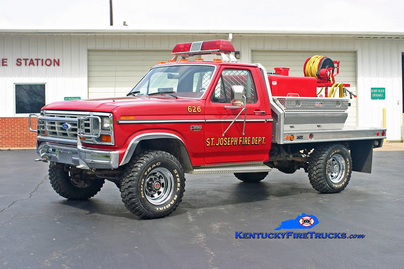 St. Joseph  Brush 626<br /> 1986 Ford F-250 4x4/Pro-Tech/Mertz 250/250<br /> Kent Parrish photo