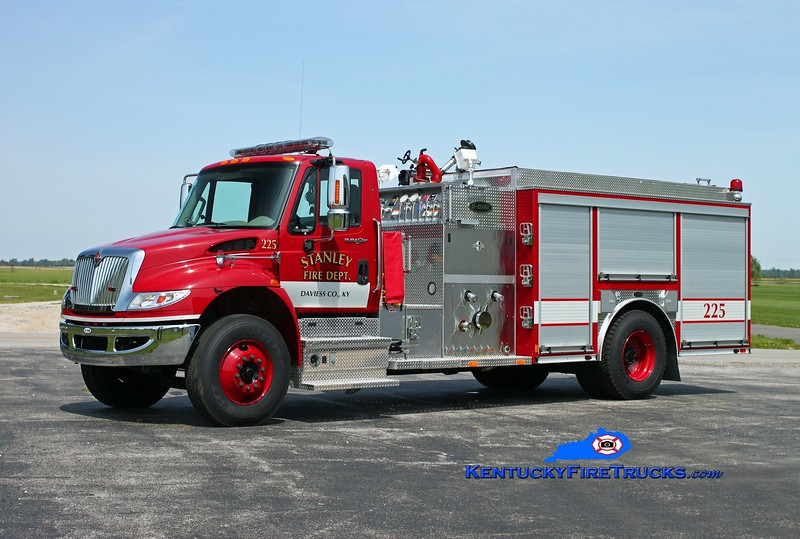 <center> Stanley  Engine 225 <br> 2010 International 4400/E-One 1250/1000/30 <br> Kent Parrish photo <br> </center>
