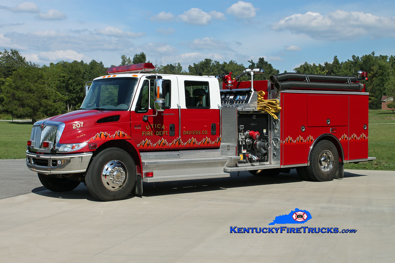 <center> Utica  Engine 207 <br> 2002 International 4400/Pierce 1250/1000 <br> Kent Parrish photo <br> </center>