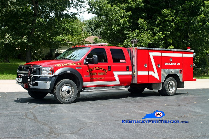 <center> Yelvington  Rescue 527 <br> 2005 Ford F-550 4x4/1994 Browns Valley <br> Kent Parrish photo <br> </center>