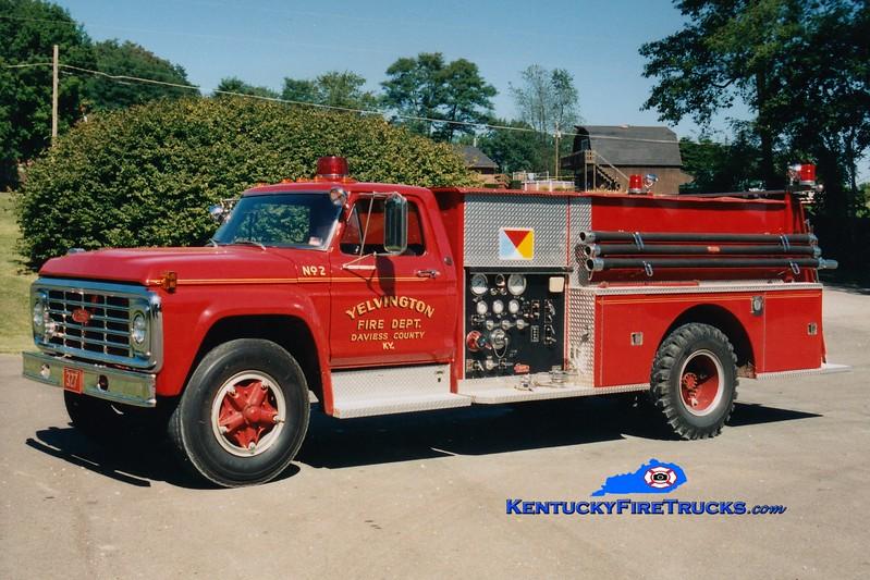 <center> RETIRED <br> Yelvington  Tanker 327 <br> 1974 Ford F-800/Pierce 400/1000 <br> Greg Stapleton photo <br> </center>