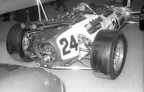 Red Ball Lola-Ford (Indy 500 1966 winner)