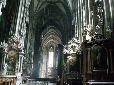The gothic interior of the 13th century Stephansdomkirche in Vienna.