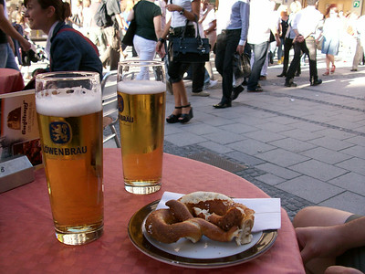 More cold beer, more warm pretzels, more people-watching on our last afternoon/evening in Munich.
