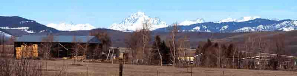 Kittitas Valley farmstead with Mt. Stuart in background