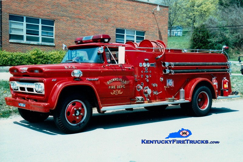 <center> Brownsville  Engine 21 <br> 1960 Chevy C60/Howe 500/500<br> Greg Stapleton photo </center>