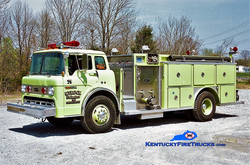 RETIRED<br /> Kyrock  Engine 71<br /> x-Hollywood Heights, IL <br /> 1987 Ford C-8000/E-One 1000/750<br /> Greg Stapleton photo