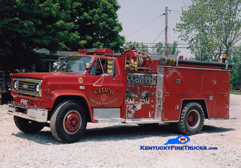 <center> RETIRED <br> Sandy Hook  Engine 3 <br> x-St. Augustine, FL <br> 1984 Chevy/FMC 1000/750 <br> Greg Stapleton photo <br> </center>