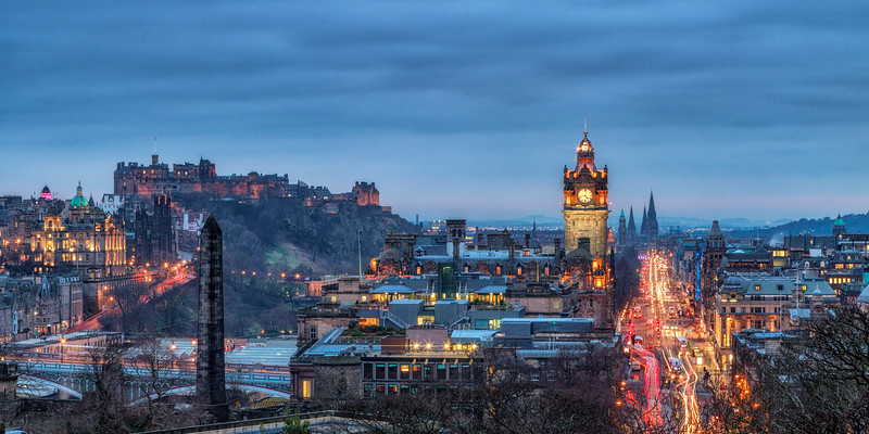 Scotland's capital, Edinburgh, at dusk.