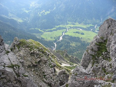 View south from Bschieser-Ponten crest into Hinterstein valley.