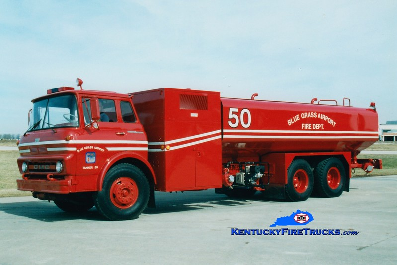 <center> RETIRED <br> Bluegrass Airport Crash 50 <BR> x-US Army <br> 1964 GMC TC6500/Consolidated D&E 0/5000/500F <br> Greg Stapleton photo <BR> </center>