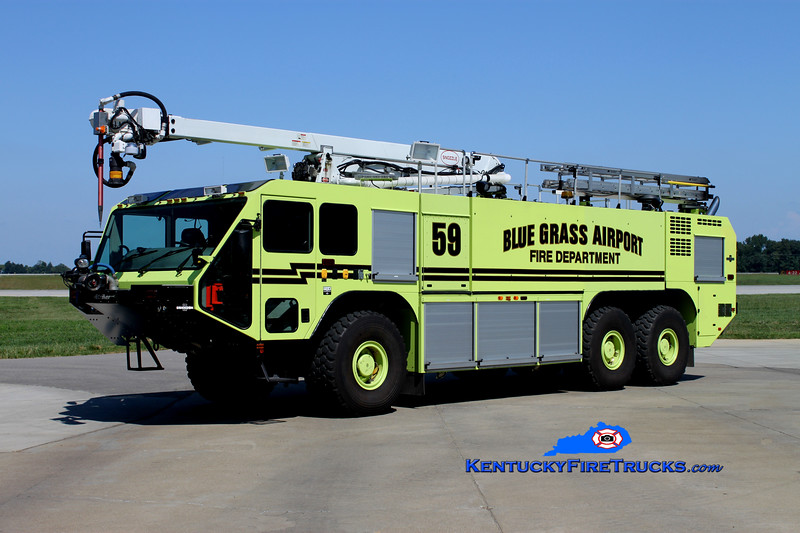 <center> Blue Grass Airport Crash 59 <br> 2006 Oshkosh Striker 3000 2260/3000/500F/500PK/52' Snozzle <br> Kent Parrish photo <br> </center>