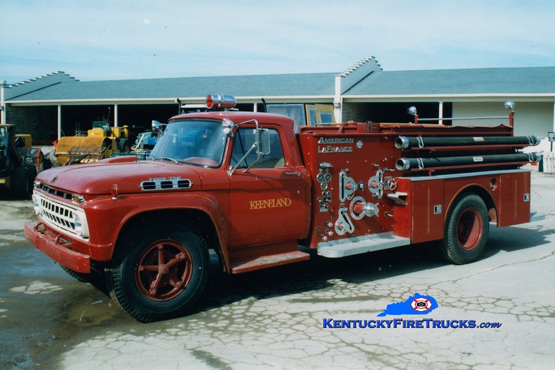 <center> RETIRED <br> Keeneland Racecourse Engine 1 <br> 1966 Ford F/American LaFrance 750/500 <br> Greg Stapleton photo </center>