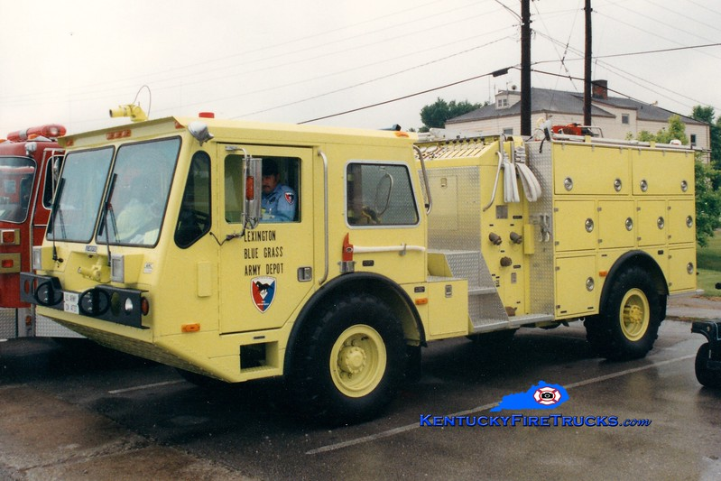 <center> RETIRED <br> Lexington-Bluegrass Army Depot  Engine 1 <br> 1989 Amertek CFRV-1 1000/660/72 <br> Greg Stapleton photo </center>