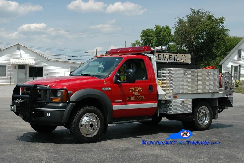 <center> Ewing Brush 754  <br> 2005 Ford F-550 4x4/Pierce Contender 250/400 <br> Greg Stapleton photo <br> </center>