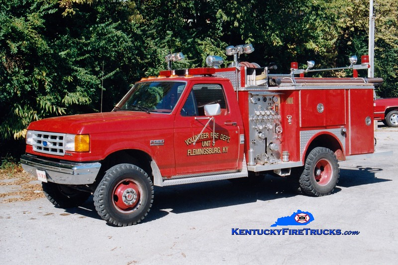 <center> Flemingsburg  Pumper 3  <br> 1990 Ford F-350 4x4/Allegheny 300/300<br> Greg Stapleton photo </center>